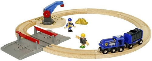 BRIO Gold Transport set