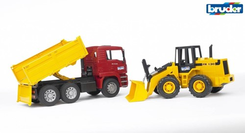 BRUDER Construction truck with articulated road loader toy vehicle